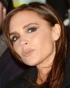 1387545656_Victoria-Beckham-Posh-Spice-Christmas-decoration-david-beckham-London
