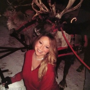 2443209D00000578-2887123-In_the_snow_with_some_friends_Mariah_Carey_shared_this_image_on_-a-1_1419538906595